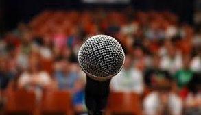 Invitation à la finale du concours éloquence -La parole avant tout- de la 4.3 le jeudi 28 juin à 18h30 à la Médiathèque Lisa Bresner
